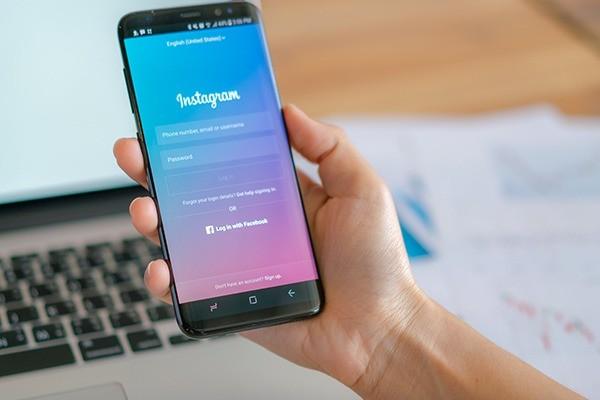 Trucos para la biografía de Instagram en tu tienda de moda
